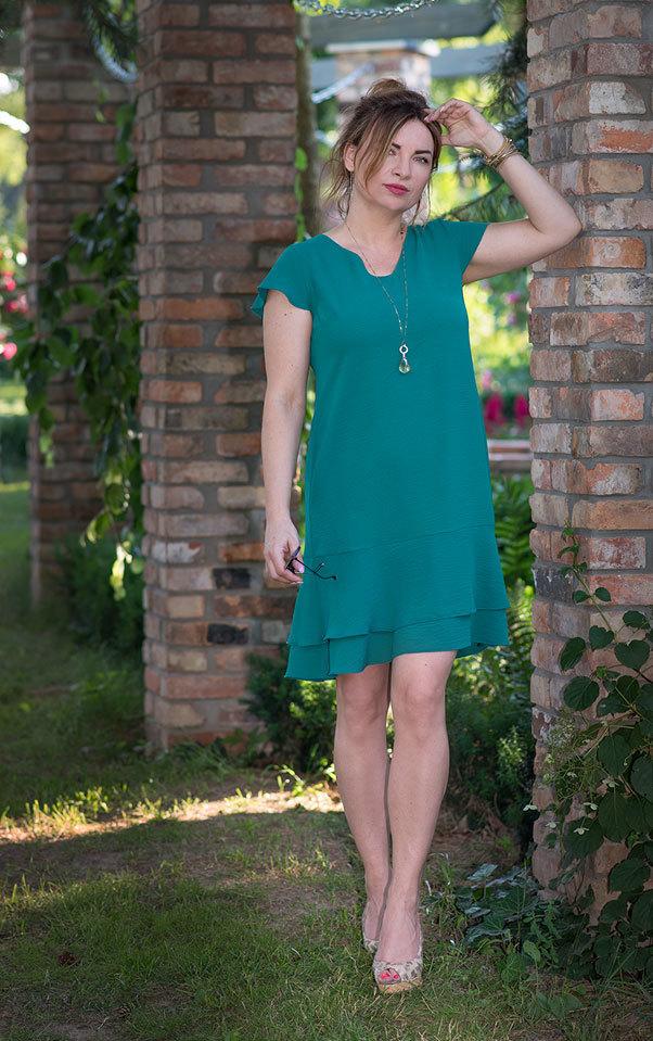 0eca548129 Sukienka Leila zwiewna z falbankami na co dzień na wakacje zielona ...