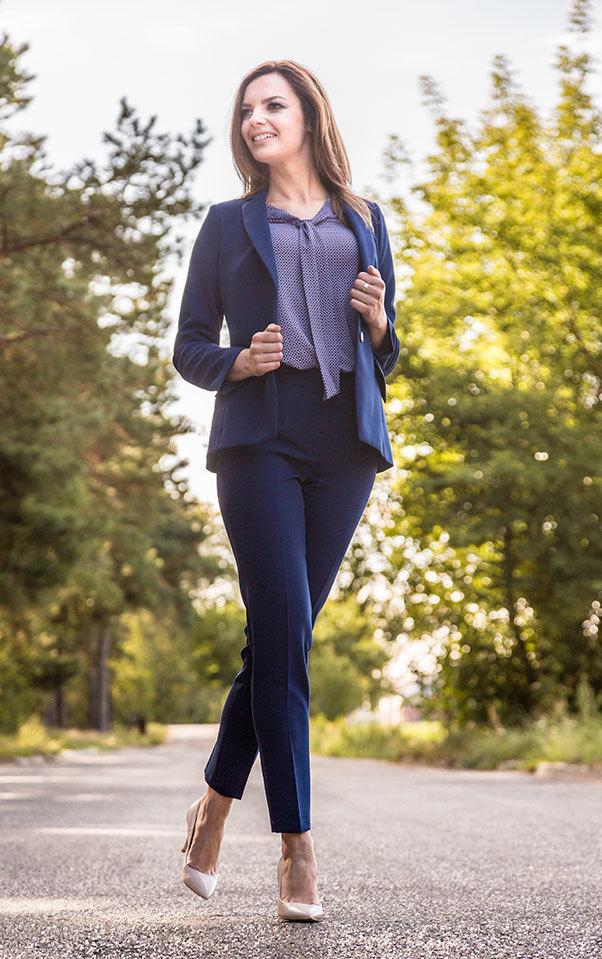 41b71408bb komplet Ann elegancki i kobiecy garnitur